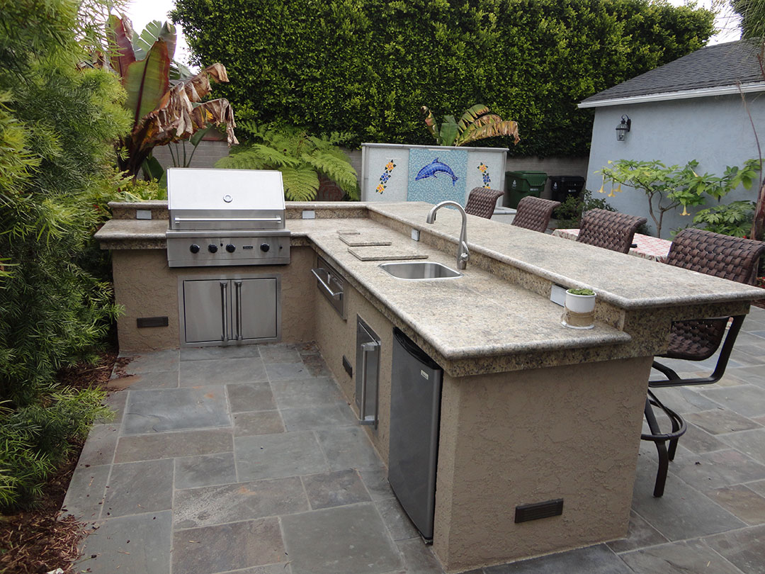 Outdoor Bbq And Water Feature Gemini 2 Landscape